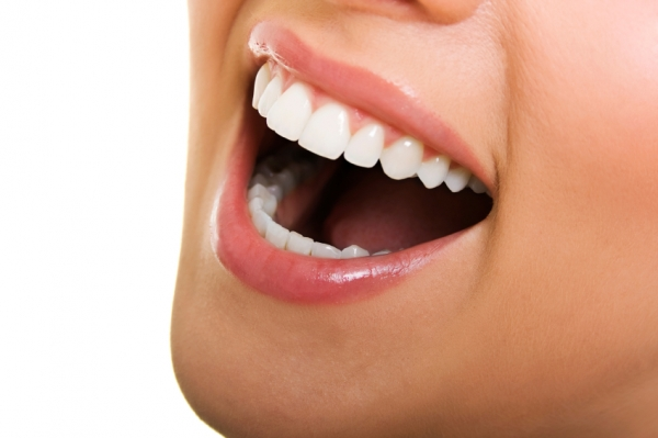 Experience our teeth whitening services in Calgary